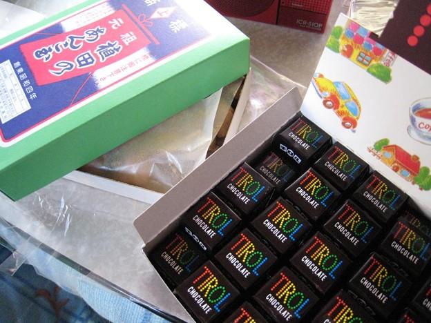 植田のあんこだま&チロルチョコレートを大人買い