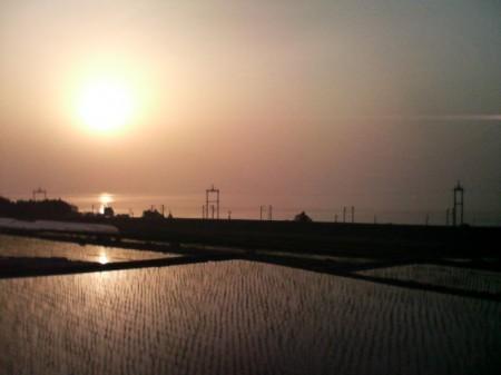 20070527_1,300kmひとり走り_0530_明けの琵琶湖