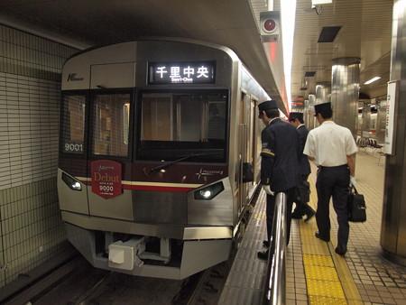 北大阪急行9000形 御堂筋線なかもず駅