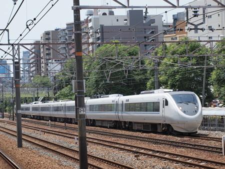 681系回送 東海道本線東淀川駅