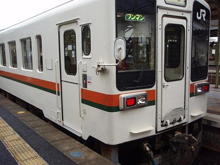 キハ11(松阪駅)