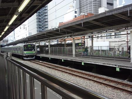 205系(横浜線町田駅)