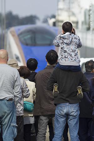 北陸新幹線 陸揚げ風景