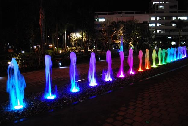 夜の「橘公園噴水広場」2