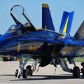 Photos: F/A-18 準備中