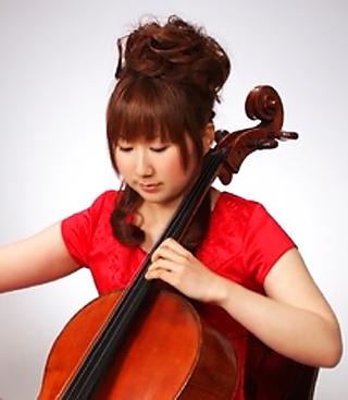 巌裕美子 いわおゆみこ チェロ奏者 チェリスト  Yumiko Iwao