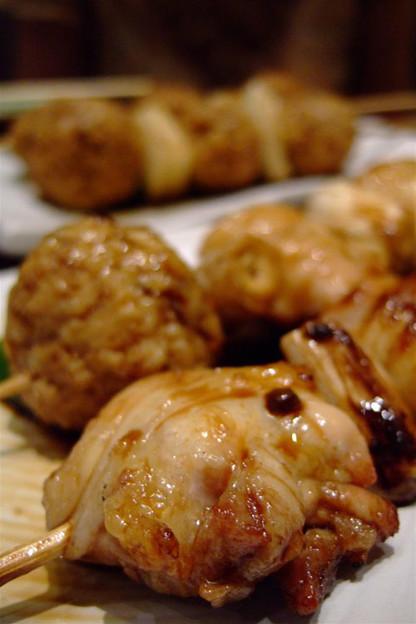 写真: 食べ応え満点の串焼き