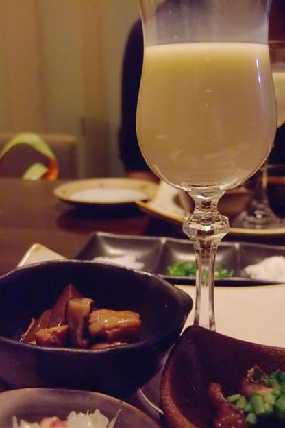 写真: 前菜3種と自家製豆乳