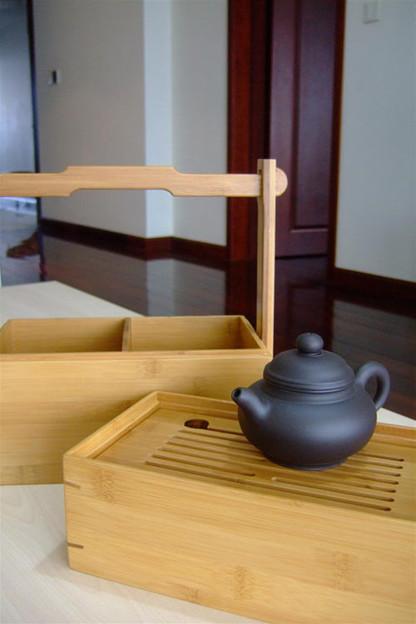 写真: 茶海と茶具入れ