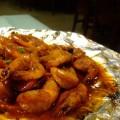 写真: 炎のエビ料理の中身