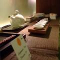 写真: 食器の展示販売