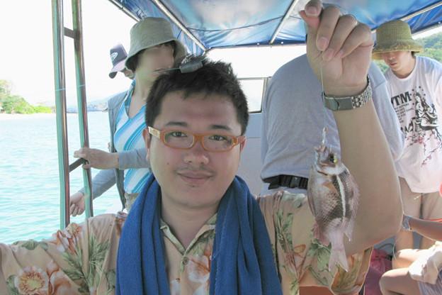 写真: 魚釣り