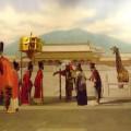 写真: 紫禁城前にキリン?