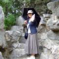 写真: 景山公園の築山にて