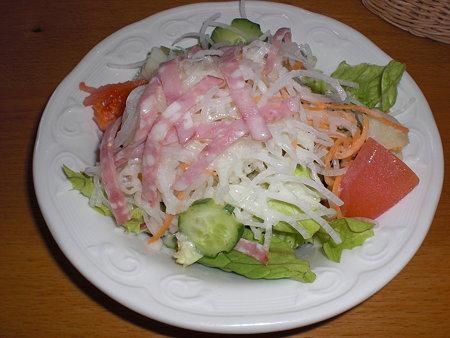 フランケン地方のソーセージのサラダ