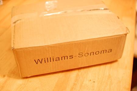 Williams Sonomaから届いた箱