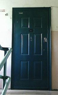 アパートメントのドア ウランバートル