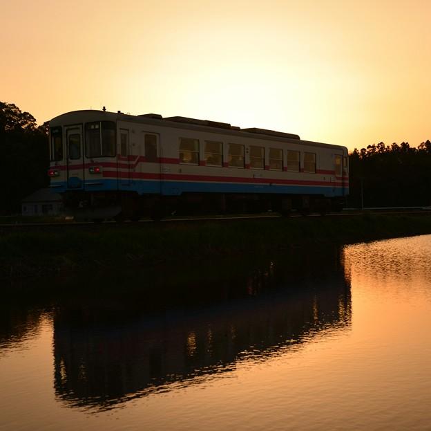 ~ 夕暮れの水鏡2 ~ ひたちなか海浜鉄道