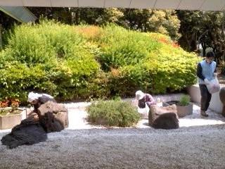 清掃奉仕(4月26日、神奈川縣護國神社)