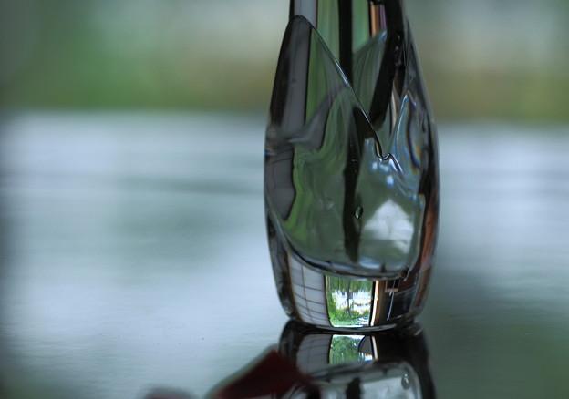 テーブルの上の花瓶