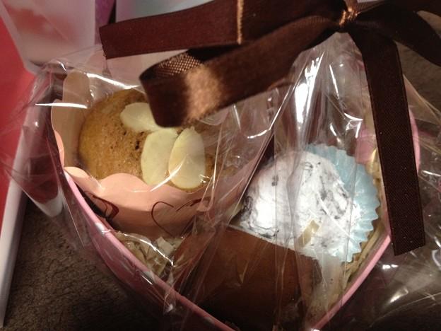 手作りカップケーキと生トリュフ