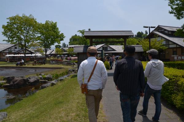 人気No.1の道の駅「田園プラザ川場」で昼食