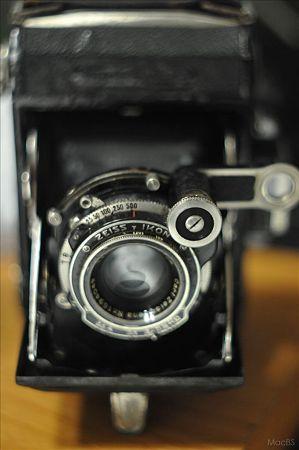 オールドレンズでオールドカメラ